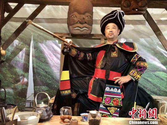 黑茶文化节让人们了解安化与其独具特色的梅山文。安化宣传提供